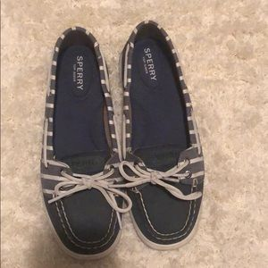 SPERRY blue and white striped boat shoes loafers